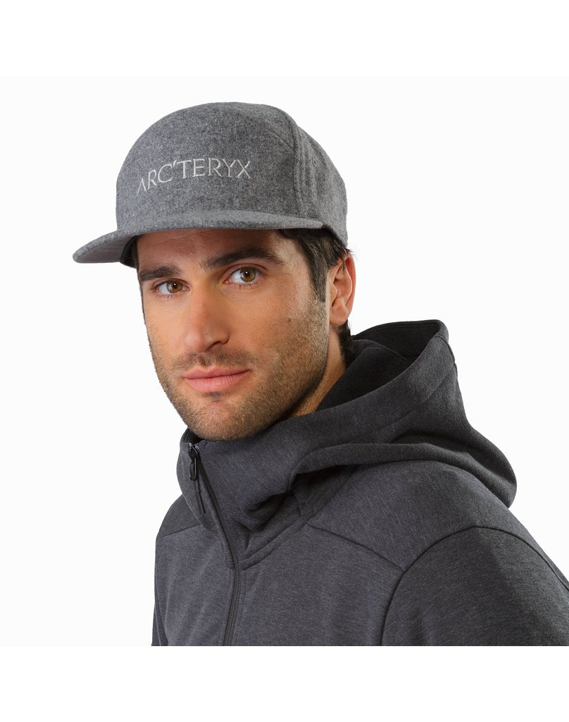 ARC'TERYX 7 Panel Wool Ball Cap, Black Heather