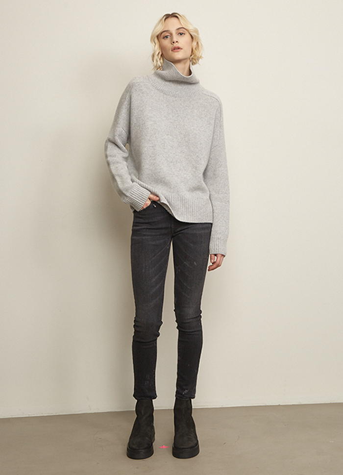 Doffer Boys Perfect Turtleneck, Pale Grey