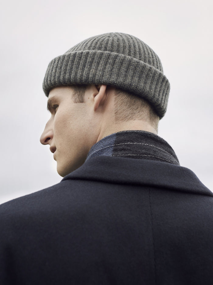 Begg & Co Cashmere Alex Beanie, Ash Grey