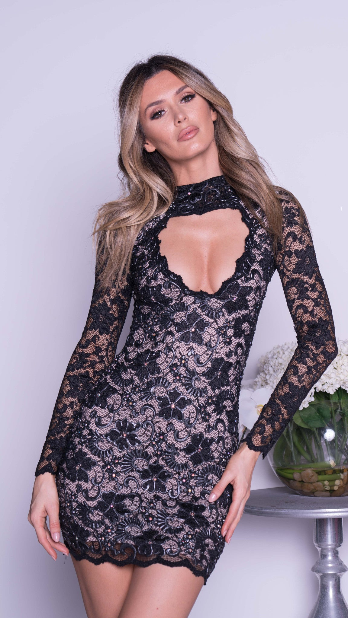 ALLY LACE DRESS IN BLACK