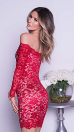 BRINKLEY LACE DRESS IN RED