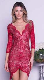 AKIRA LACE  IN RED