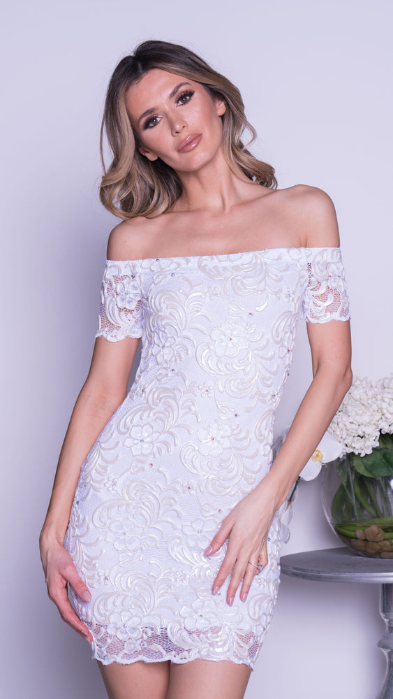 BRITNEY LACE DRESS IN WHITE