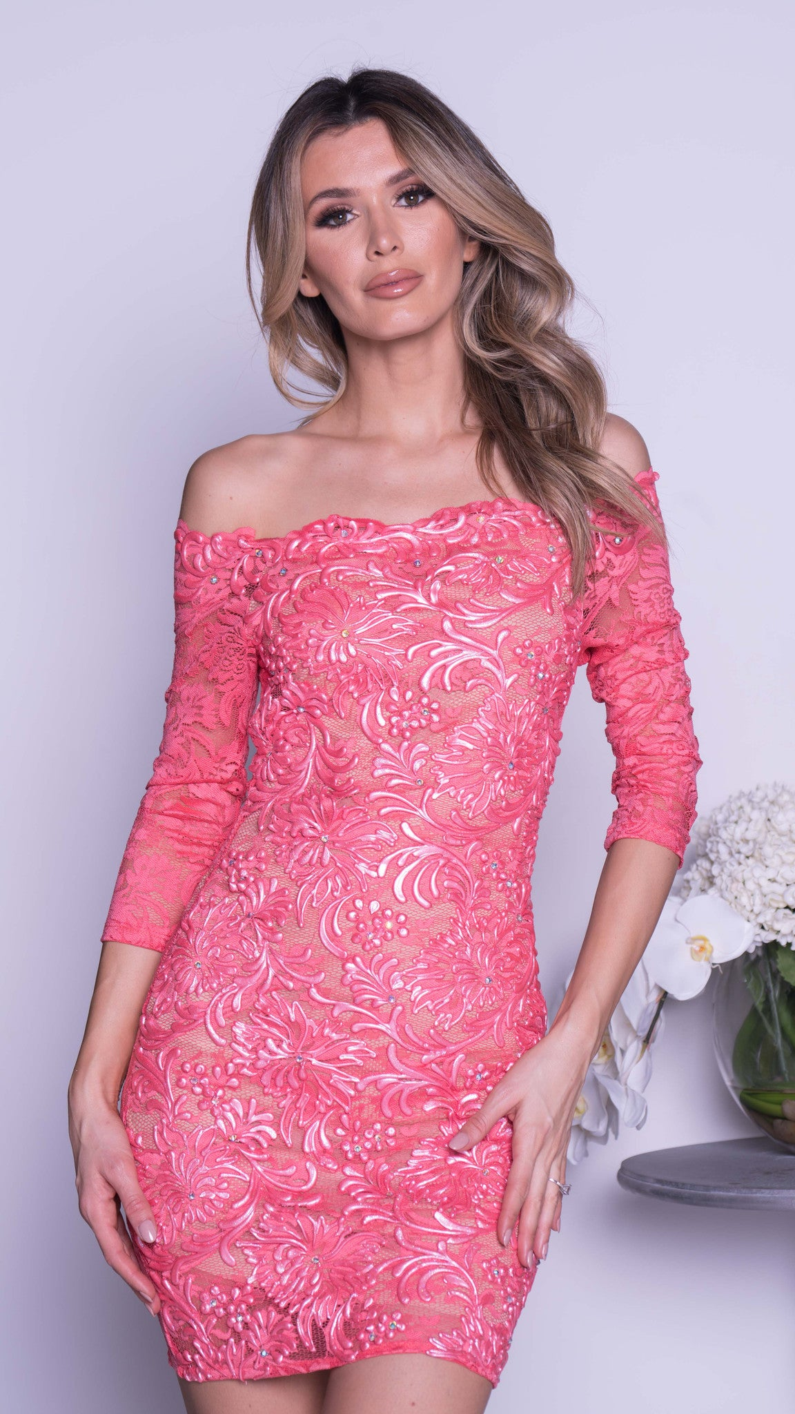 BRINKS LACE DRESS IN CORAL