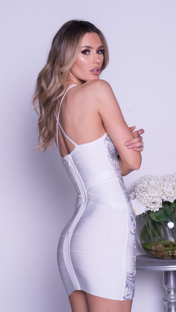 FALL PAINTED BANDAGE DRESS IN WHITE WITH SILVER