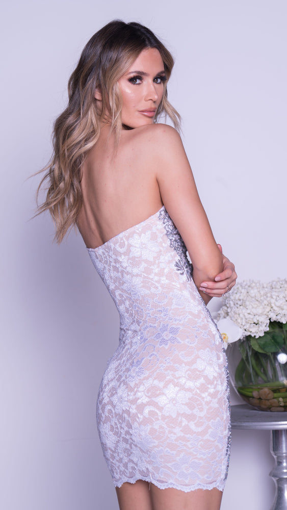 LINDA LACE DRESS IN WHITE WITH GOLD