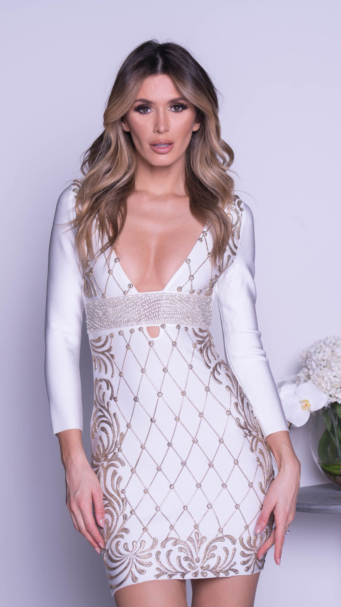 SIMAL PAINTED BANDAGE DRESS IN WHITE WITH GOLD