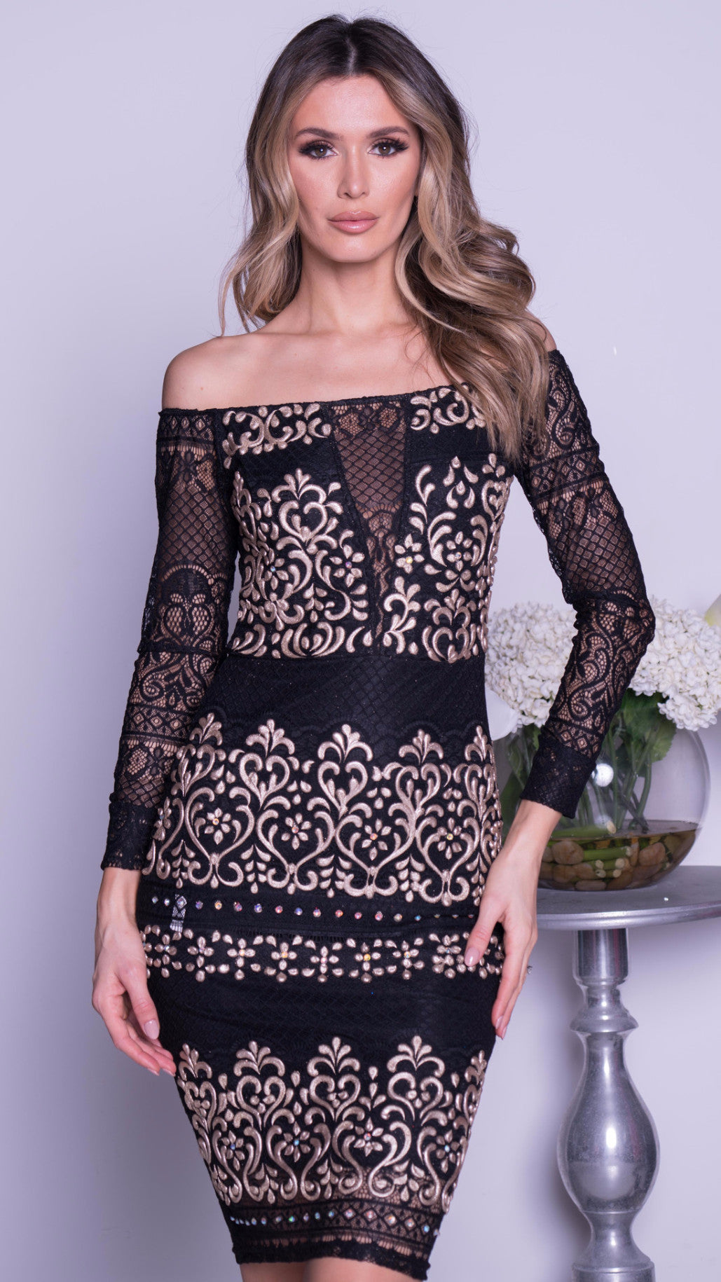 TAMANA MIDI LACE DRESS IN BLACK WITH GOLD