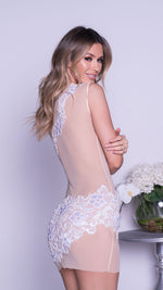 ZOA LACE DRESS IN NUDE WITH WHITE