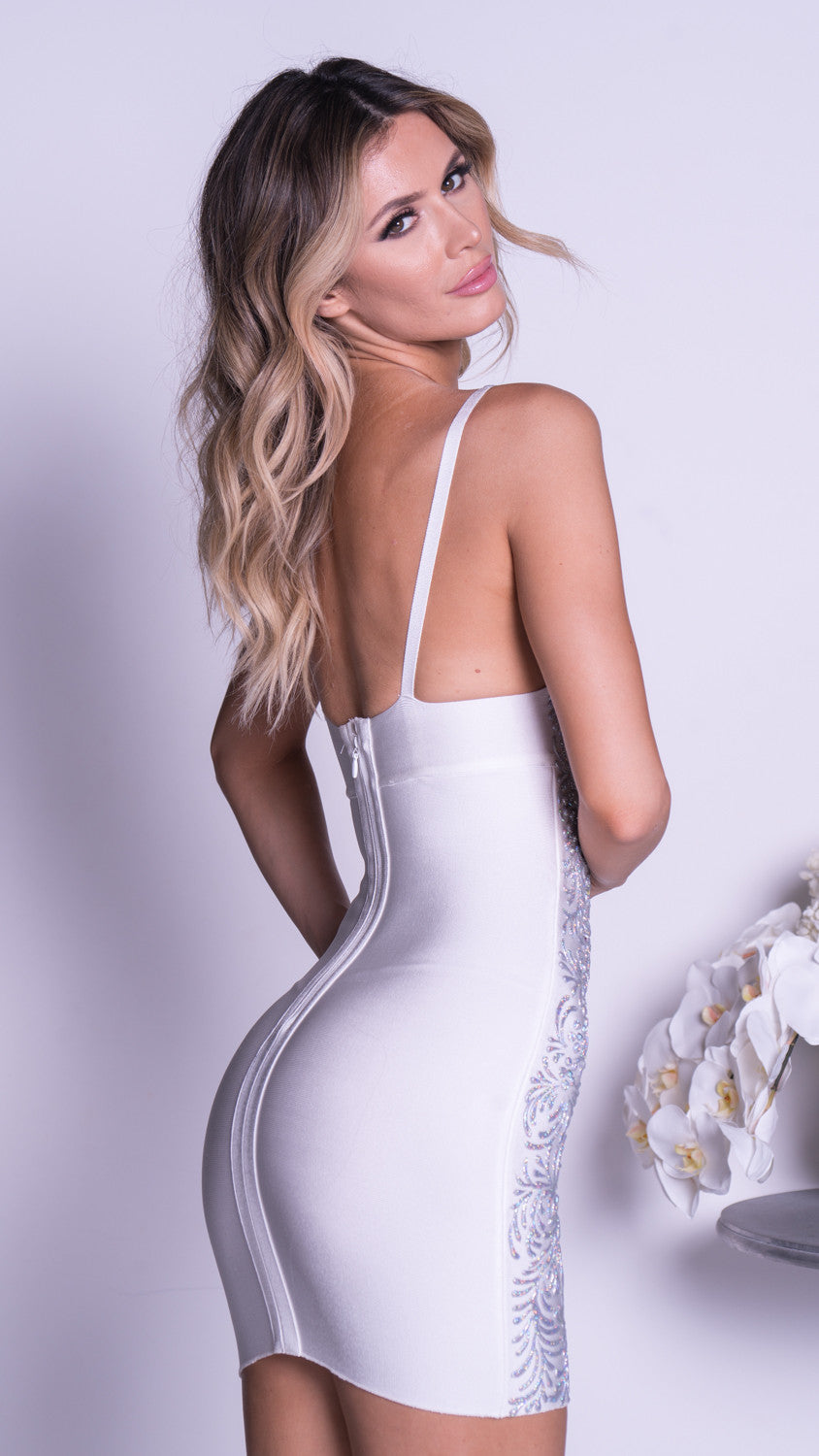 GADO PAINTED BANDAGE DRESS IN WHITE WITH SILVER