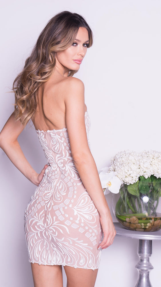 PHOEBEE DRESS IN NUDE WITH WHITE