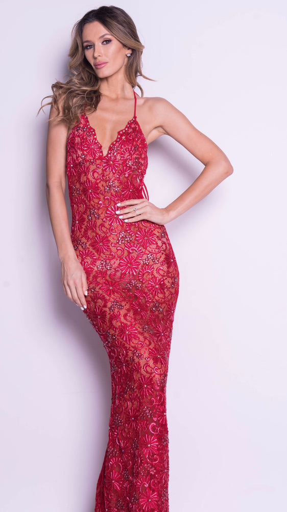 P21 LACE GOWN IN RED