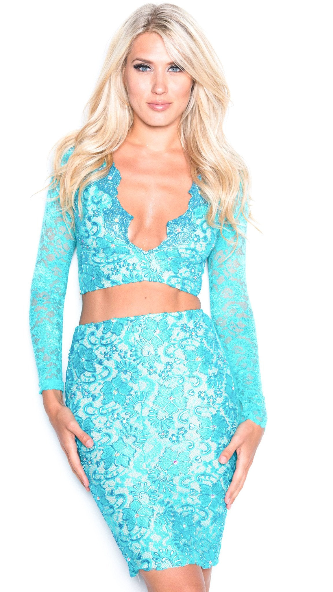 MELI TWO PIECE IN BABY BLUE
