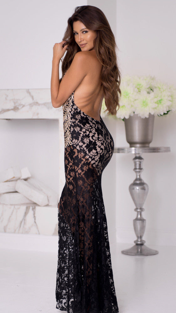 PRONE LACE GOWN IN BLACK WITH GOLD