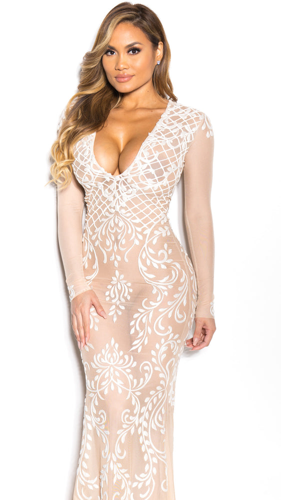 GWEN GOWN IN NUDE WITH WHITE