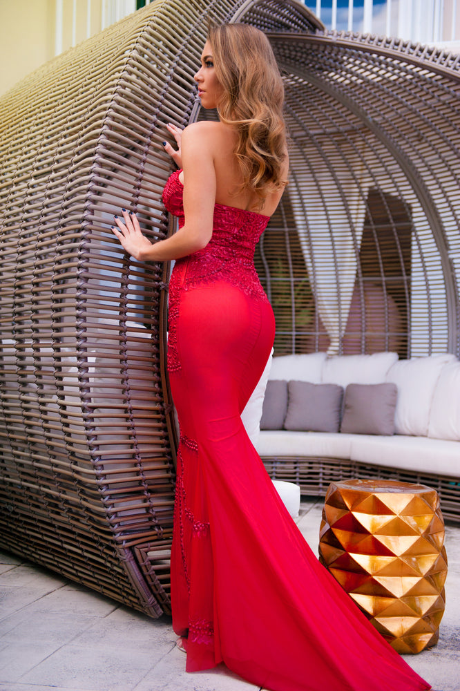 COCO GOWN IN RED