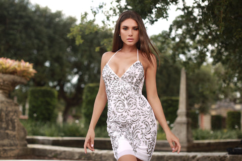 ANALA DRESS IN WHITE WITH SILVER