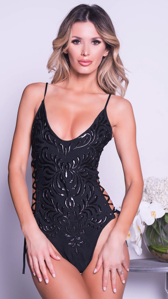 BECKA BANDAGE BODYSUIT IN BLACK