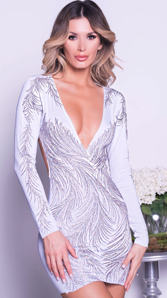 KAMELY DRESS IN WHITUE WITH SILVER