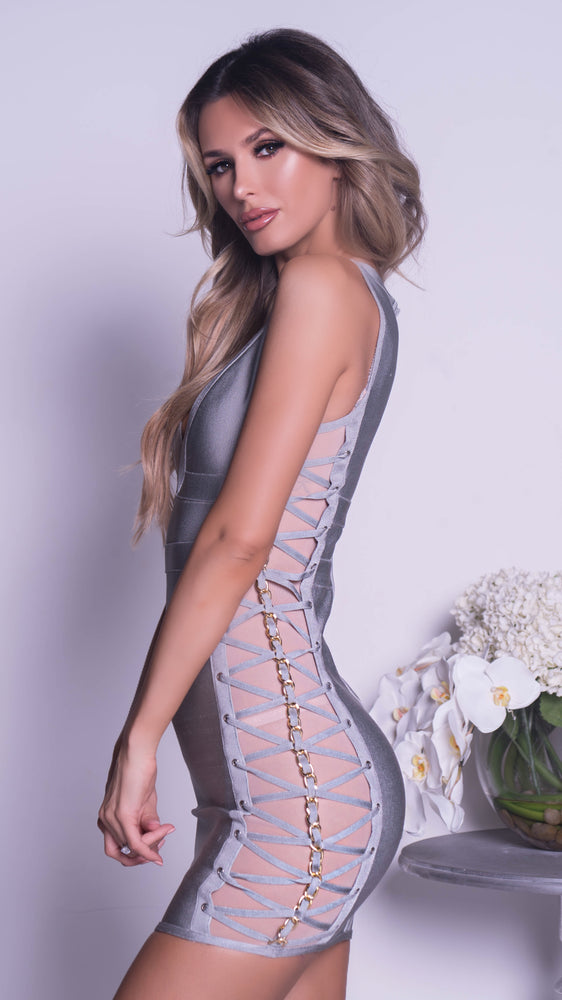 ELA BANDAGE DRESS IN GREY WITH CHAINS