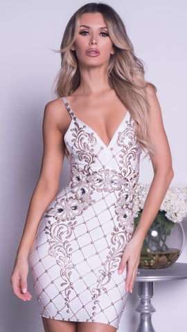 KYRA PAINTED BANDAGE DRESS IN WHITE WITH SILVER
