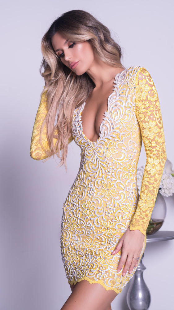 NELIA LACE DRESS IN YELLOW WITH WHITE