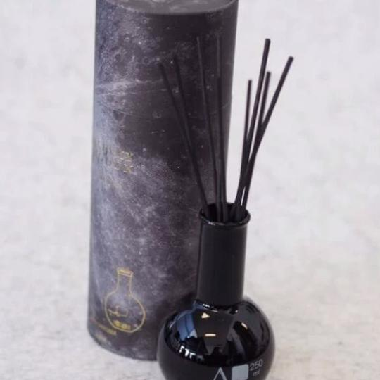 Black Reed Diffuser by Alchemy Produx