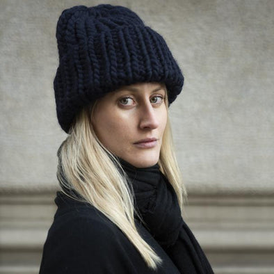 MEG COHEN UNISEX ROVING WOOL HAT - NAVY