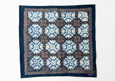 MUUR POCKET SQUARE- INDIGO CIRCLE