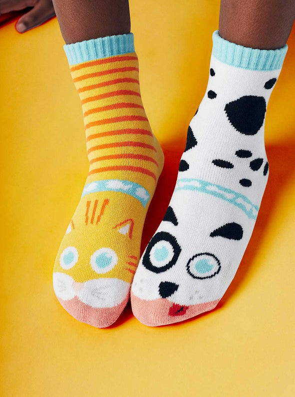 PALS SOCKS KIDS COLLECTIBLE MISMATCHED SOCKS- CAT & DOG