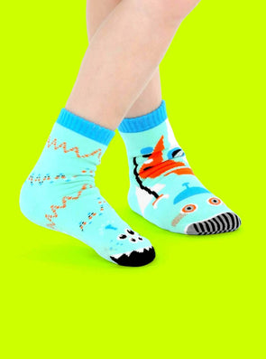 PALS SOCKS KIDS COLLECTIBLE MISMATCHED SOCKS- ROBOT & ALIEN