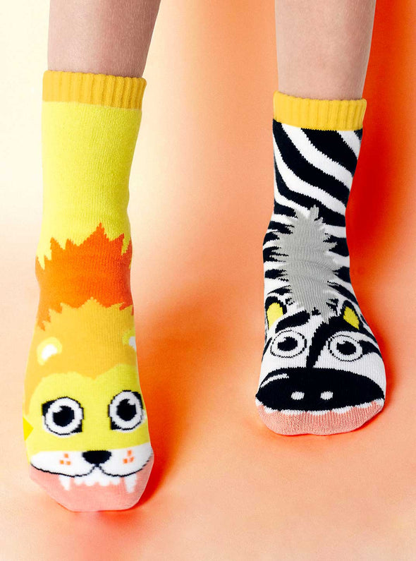 PALS SOCKS KIDS COLLECTIBLE MISMATCHED SOCKS- LION & ZEBRA PALS