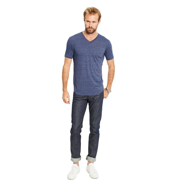 GOODLIFE MENS TRI-BLEND SCALLOP V-NECK TEE- GOODLIFE NAVY