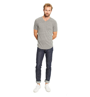GOODLIFE MENS TRI-BLEND SCALLOP V-NECK TEE- HEATHER GREY