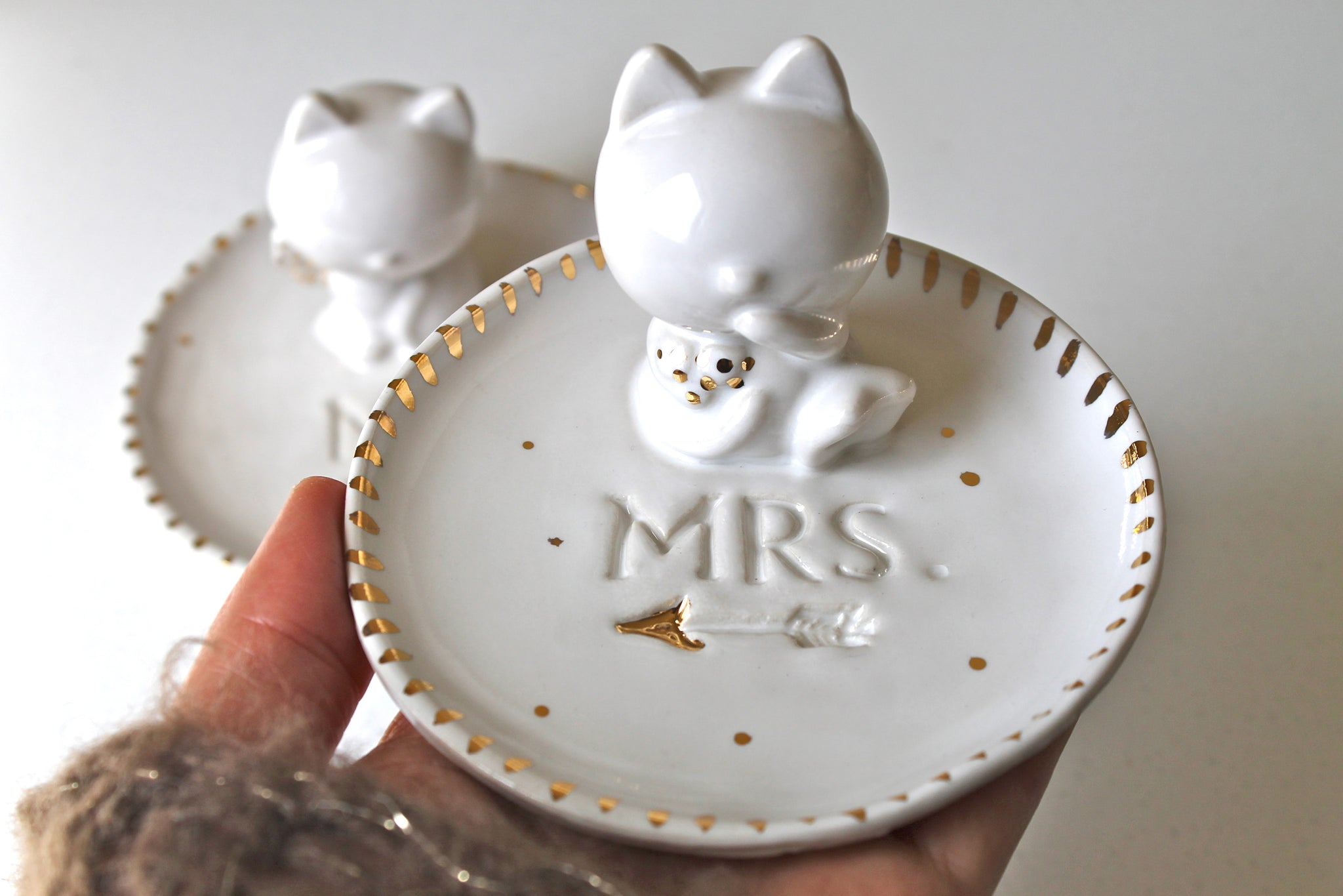 M. and Mrs Cat ring dish with 22k gold