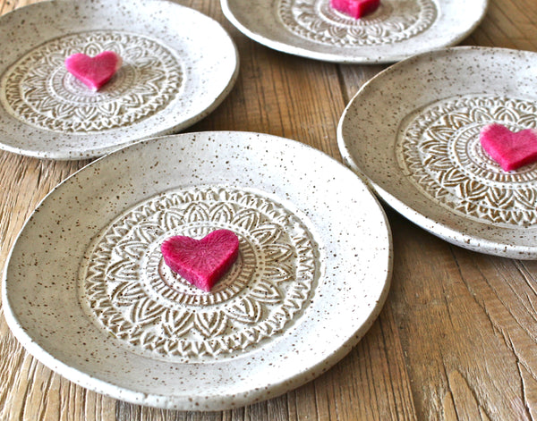 Set of 4 Dessert Plates in cream matte