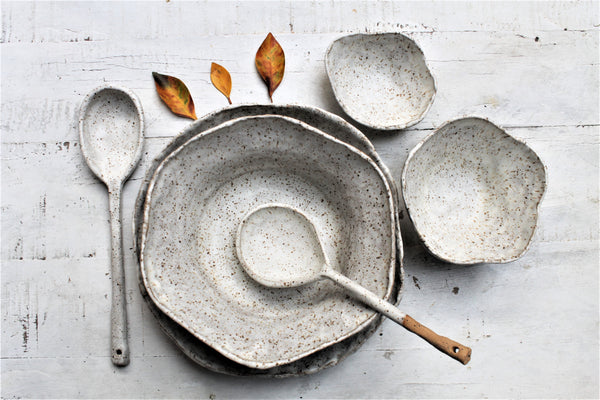 Bohem Stoneware Serving Set - Creamy White Speckled