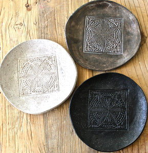 Set of 4 Handmade Organic shape dessert plates - Stoneware Small Plates - Ceramic small Plates - Textured Pottery Plates in matte