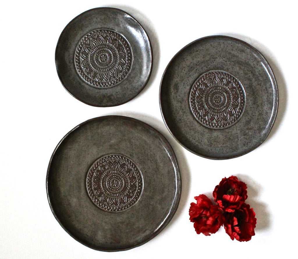 Set Of 3 Handmade Pottery Plates-Steal Brown Organic Shape Textured Dinnerware set - Stoneware Plates -Stoneware Dinnerware Plates set -