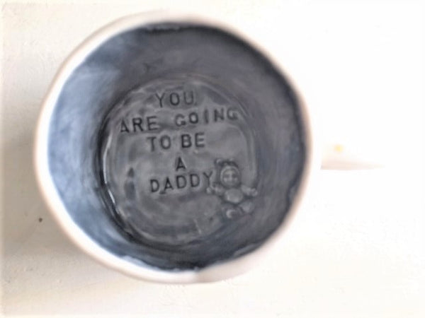 "Mug 14 oz  - Pregnancy Announcement - ""You are going to be a daddy"" - 23 k gold dots"