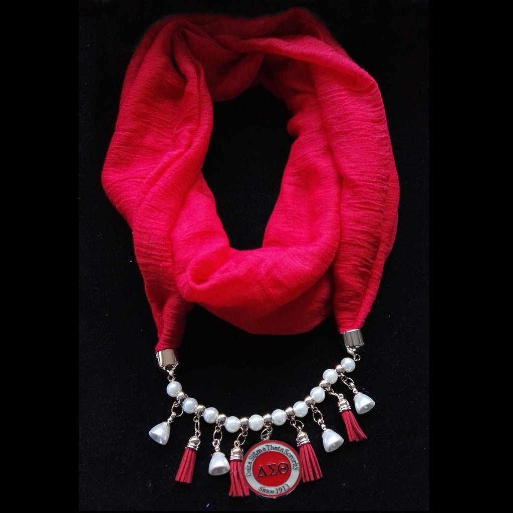 DST Scarf Round Necklace