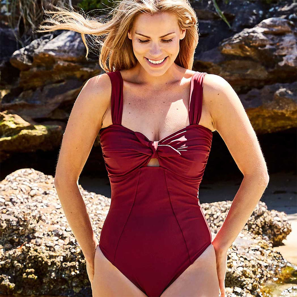 Luna one piece swimsuit burgundy swimwear  | Contessa Volpi Summer 2019/2020 Collection