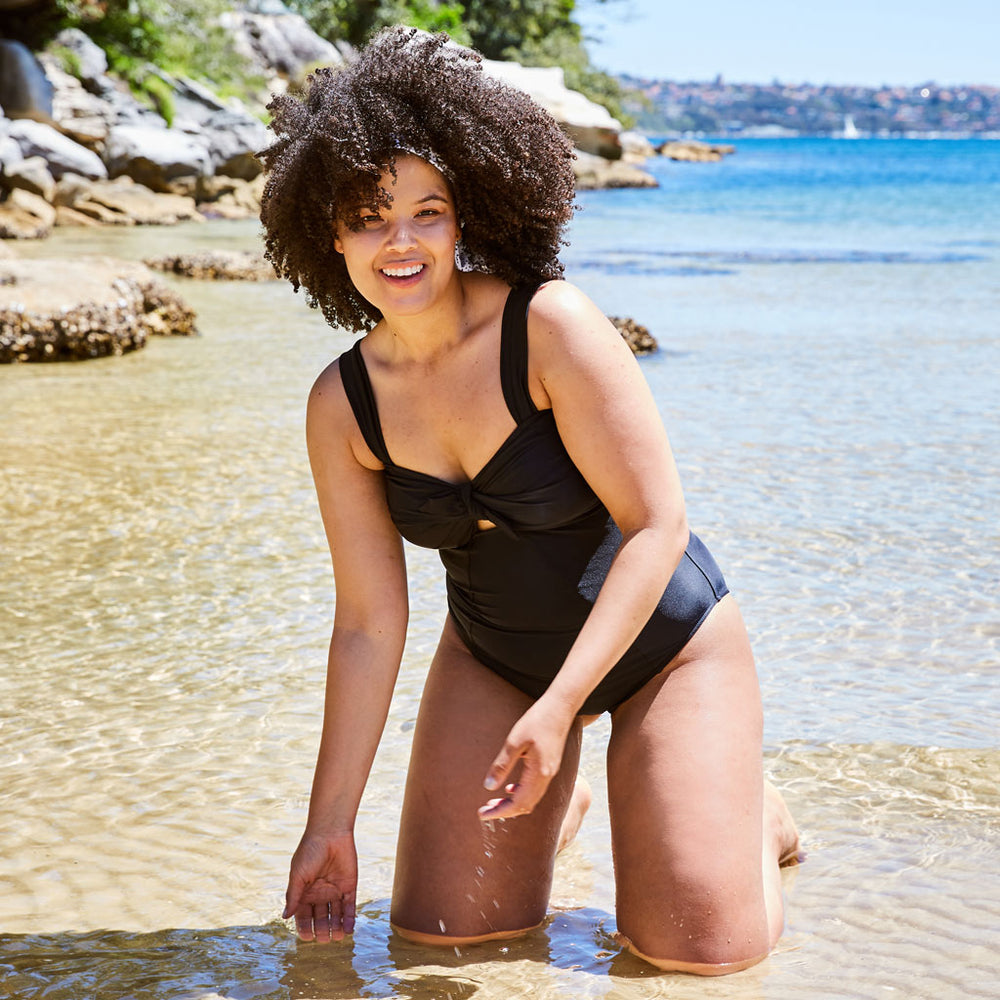 Luna one piece swimsuit black swimwear plus size | Contessa Volpi Summer 2019/2020 Collection