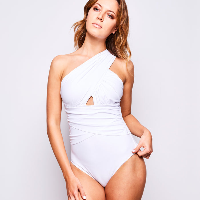 2017 summer 2 elle one piece white swimsuit contessa volpi