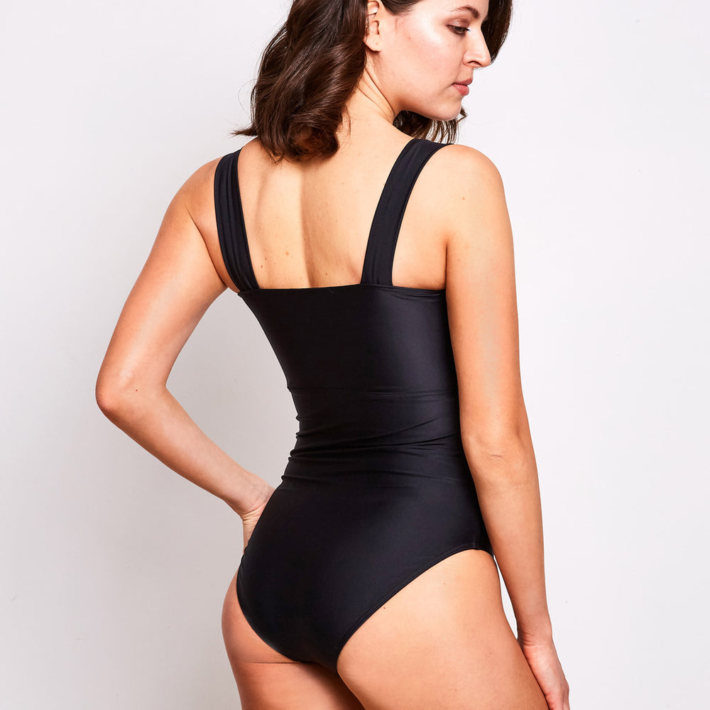 Luna one piece swimsuit black swimwear, back | Contessa Volpi Summer 2019/2020 Collection
