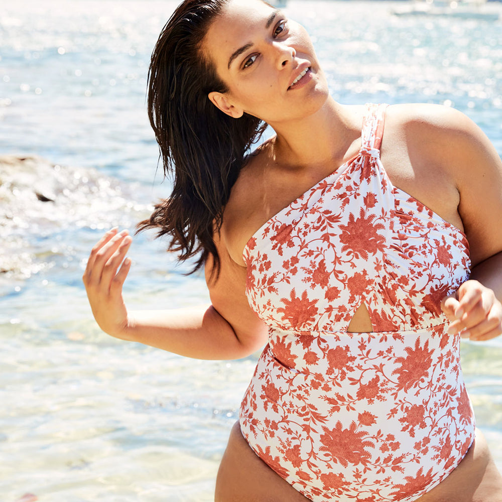 Angelica-one-piece-plus-size-print-paisley-1-contessa-volpi-summer-swimwear-collection