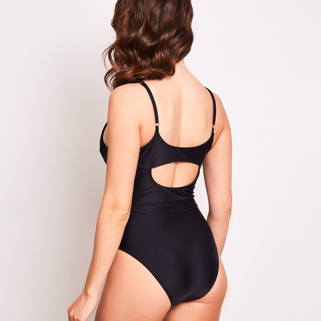 Arianna-one-piece-black-back-contessa-volpi-summer-swimwear-collection