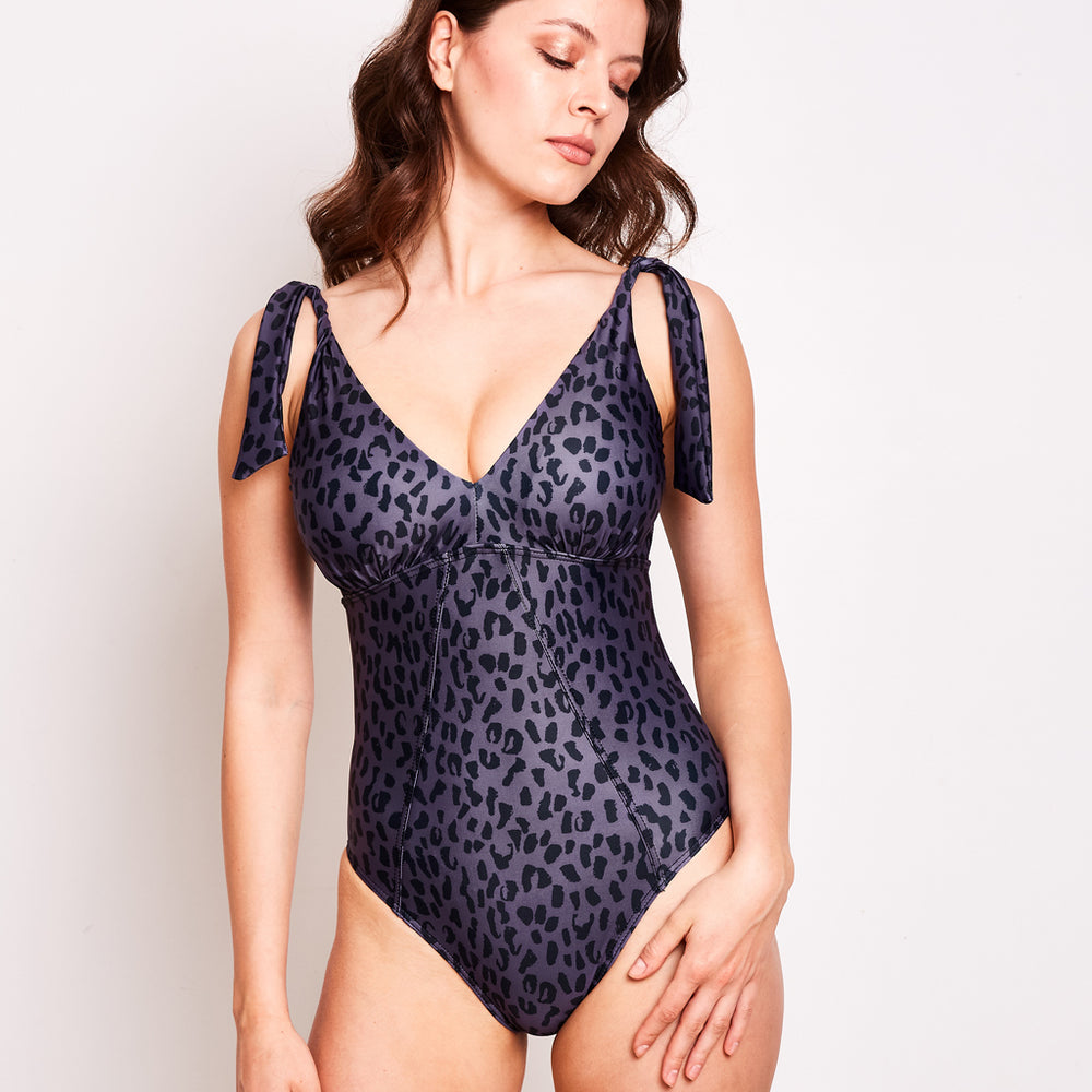 Janet-one-piece-animal-1-contessa-volpi-summer-swimwear-collection