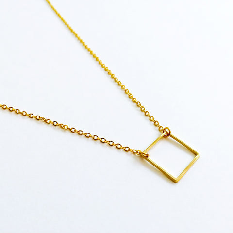 16k Gold Plated Medium Open Square Connector Necklace