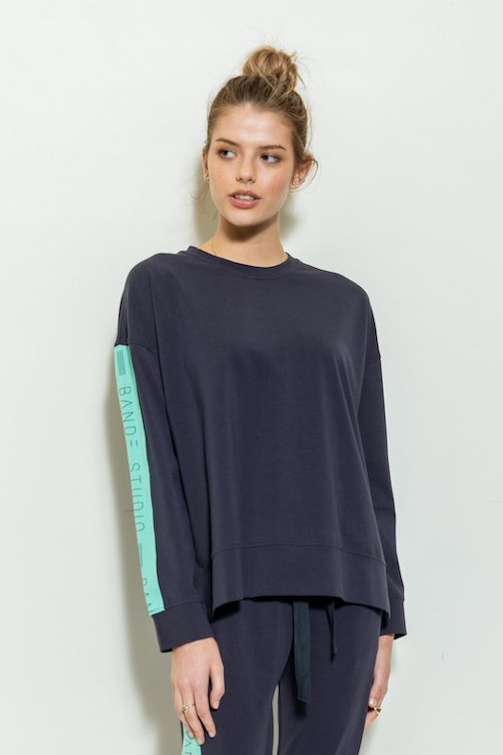 Grace Colour Block Lightweight Sweat - navy / emerald